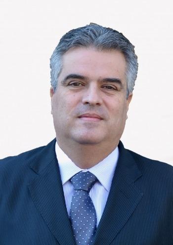 Dan Stere, MBA<br /> Alelnök, Románia, Magyarország és Ukrajna